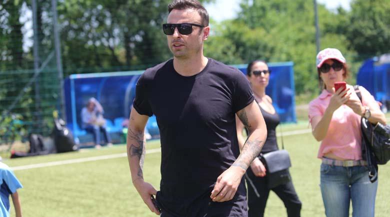 Бербатов: Стоичков, Шиърър и Ван Бастен са моите футболни герои