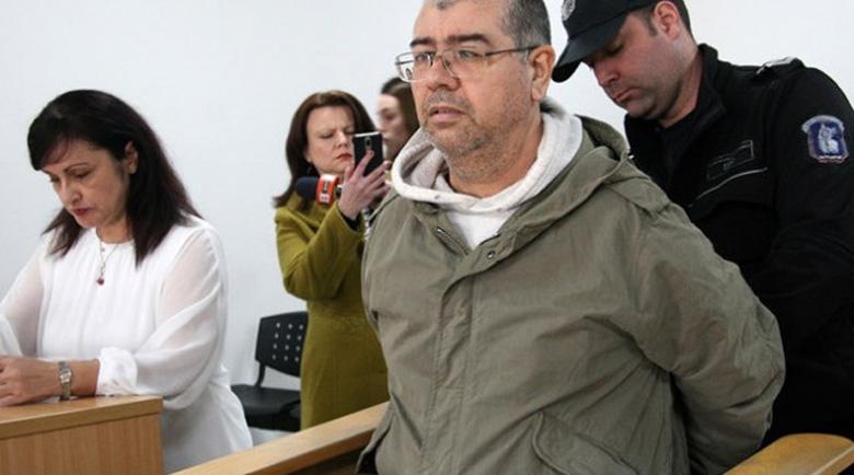 Стрелецът в пловдивската клиника крещял: Махайте се, ще ви убия!