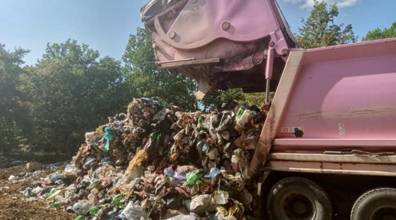Незаконно сметище трови бургаски квартал