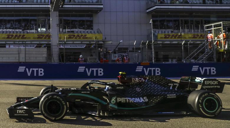 Ботас ликува в Гран при на Сочи във Формула 1