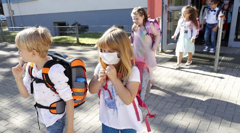 Есенни вируси плъзнаха в школата, родителите в паника заради симптомите
