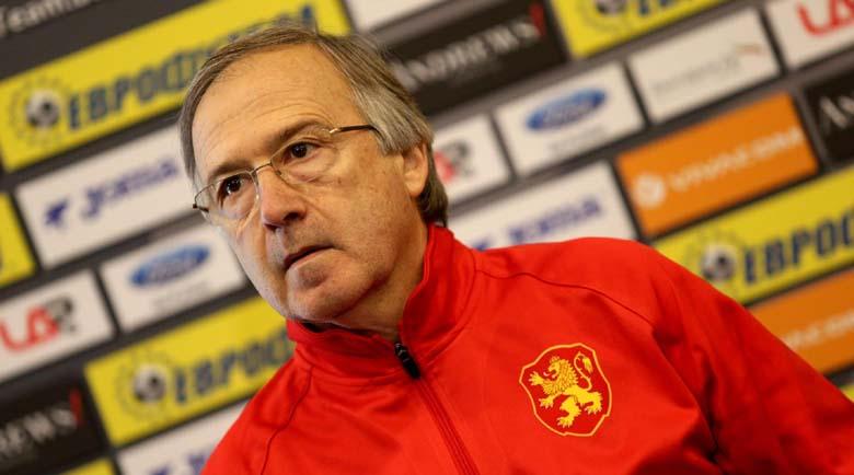 Дерменджиев повика 27 футболисти за мача с Унгария
