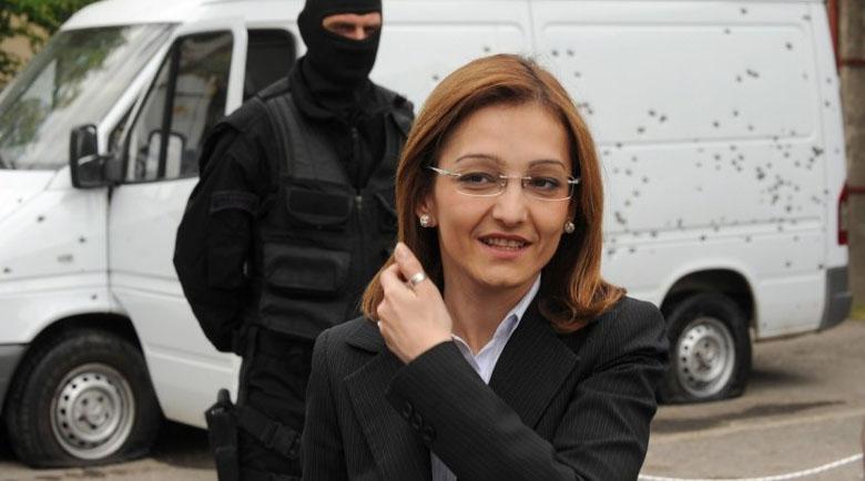 Как ще ги стигнем… македонците? Бивш министър влезе в затвора
