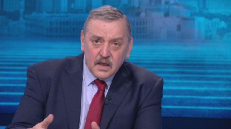 Кантарджиев: Няма да има затваряне, остават само маските и спазването на дистанция