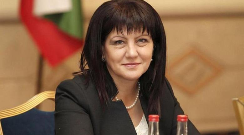 БСП и ДПС не успяха да бутнат Цвета Караянчева