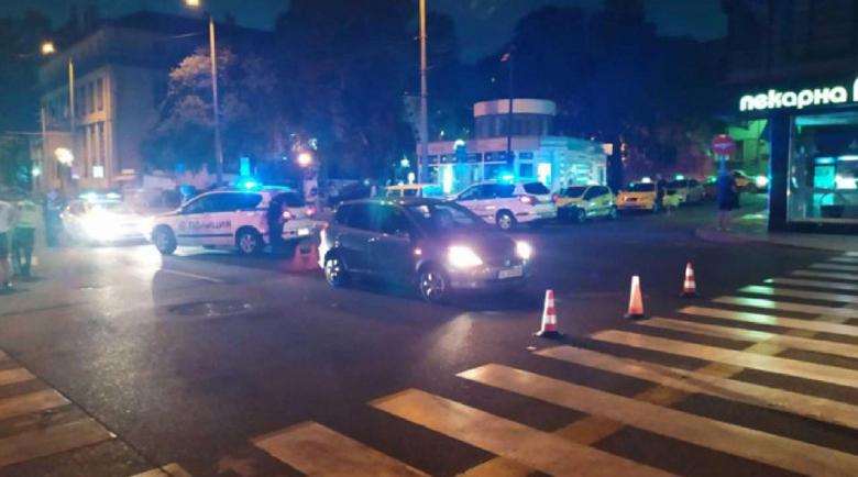 Тежка катастрофа в Бургас, блъснаха възрастен пешеходец