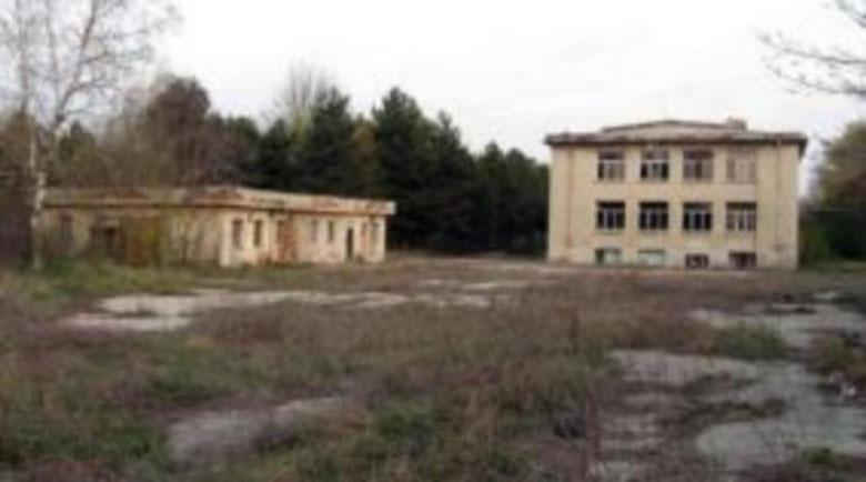 Армията извади още казарми на тезгяха, търси 3 млн. лв. от ненужни имоти