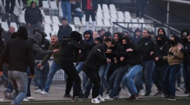 """Над 40 задържани по време на дербито между """"Ботев"""" и """"Левски"""""""