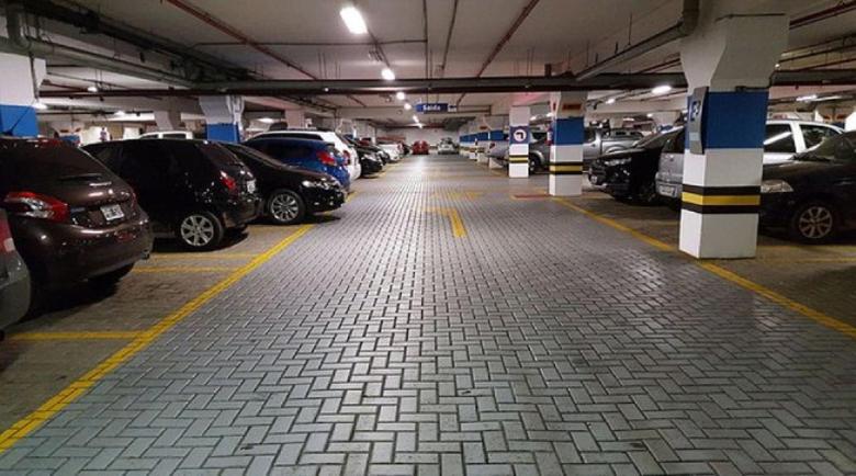 Мега тапа на софийски мол изнерви столичани, викнаха полиция