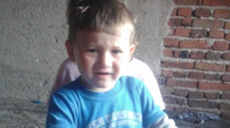 Изписаха от болницата 2-годишния Мехмед, който изчезна от дома си в Якоруда