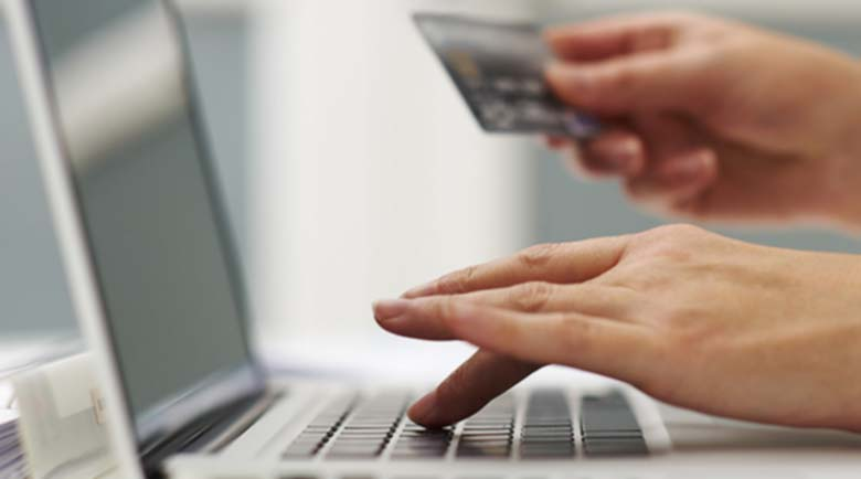 Пазете се! ОЛХ-менте сайт точи банкови карти на наивници