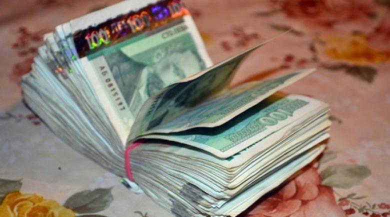 Млада циганка от Сандански точи 2 години социални помощи с фалшиви документи