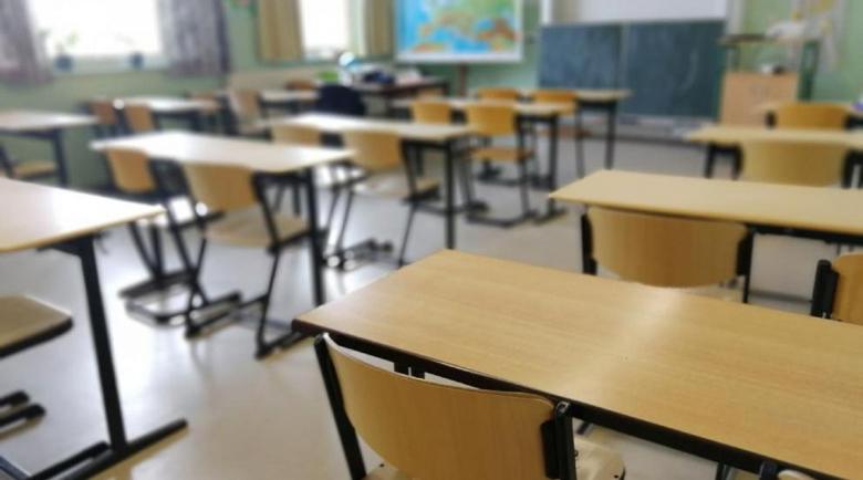 МОН отчете: 81 деца и 70 учители са с коронавирус