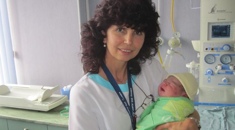 Акушерка №1 в Европа: Българка от Лондон роди при нас, след два неуспешни опита на Острова