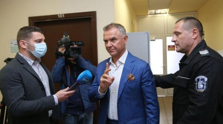 Атанас Бобоков пак иска свобода, 4 месеца търка наровете