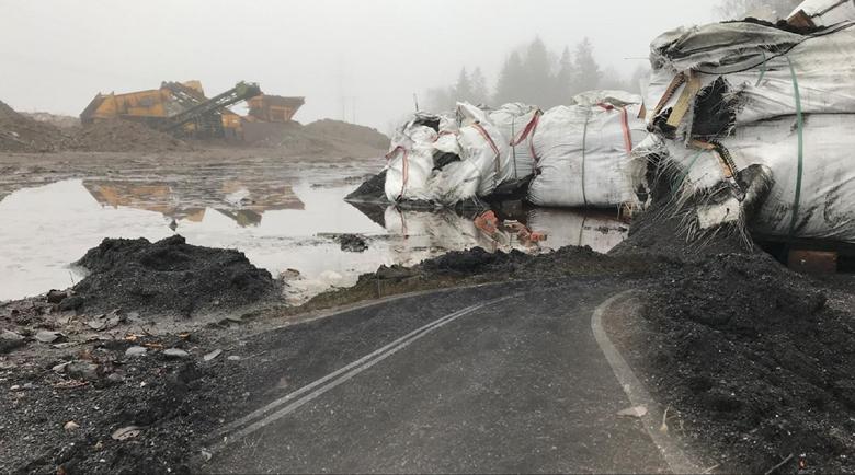 Тонове токсични отпадъци от Швеция внасяни нелегално в България и Полша