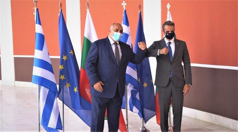 """Защо """"Майкрософт"""" избра Гърция или за разликата между Борисов и Мицотакис"""