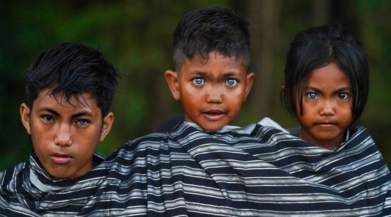 Защо жителите на остров Бутунг имат необичайни сини очи?!