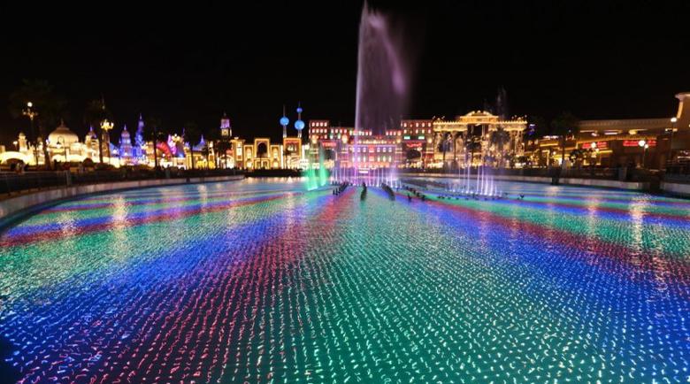 Най-големият фонтан в света заработи в Дубай