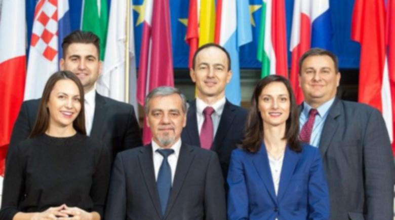 Новаков, Ковачев и Радев са тримата най-влиятелни български евродепутати