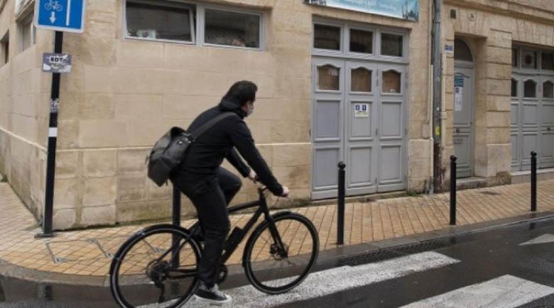 Извънредното положение във Франция до 16 февруари