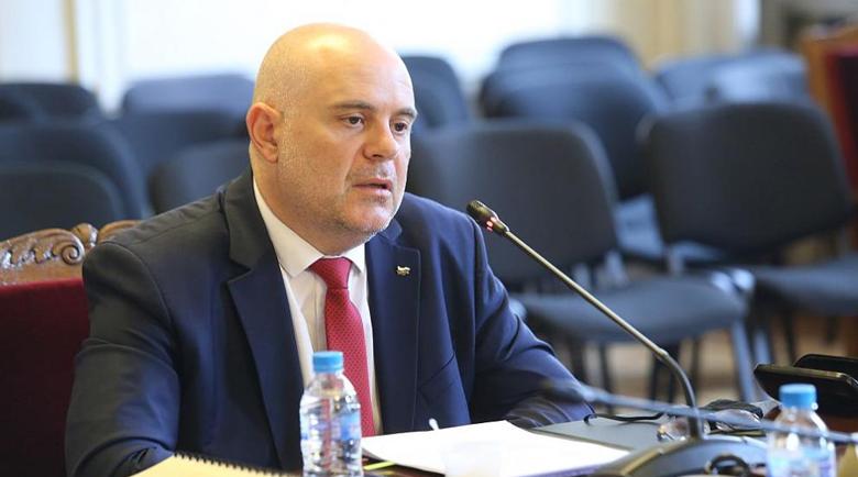 Гешев се отчете: Прокуратурата няма да участва в политически игри! Премиерът е разпитван три пъти