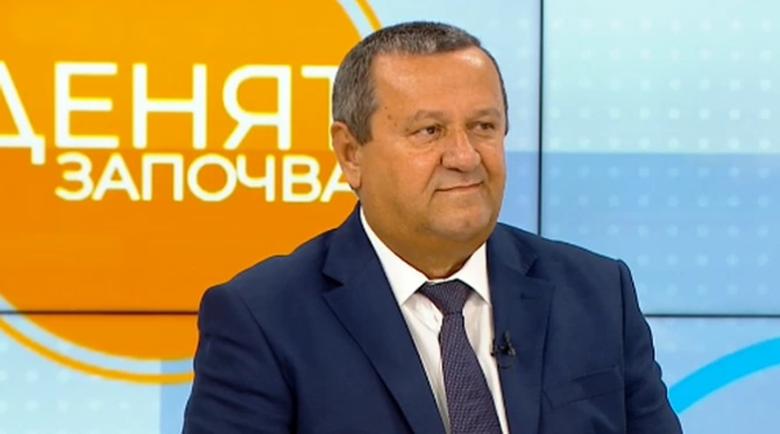 Хасан Адемов за 50-те лв.: На управляващите им се иска да се харесат