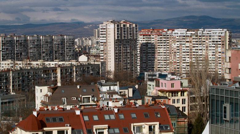 Близо 1600 повече продажби на имоти в лятото на пандемията
