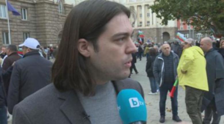 Евродепутатът Иван Симчич на протеста: Хърватска е клептокрация, но България е по-зле