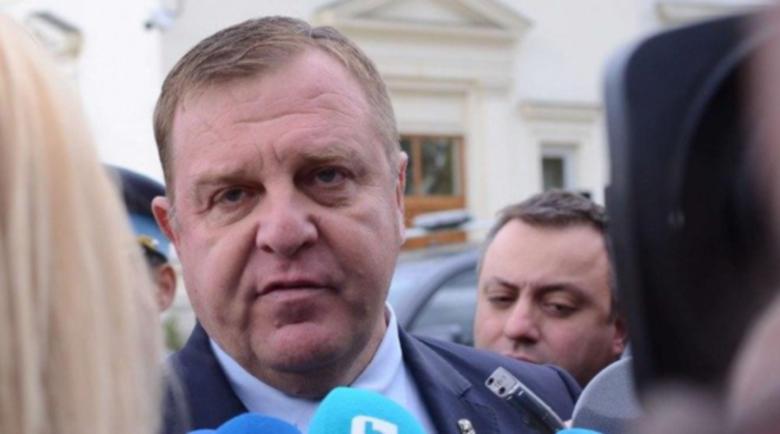 Вицепремиерът Каракачанов: Брюксел ни натиска за Македония