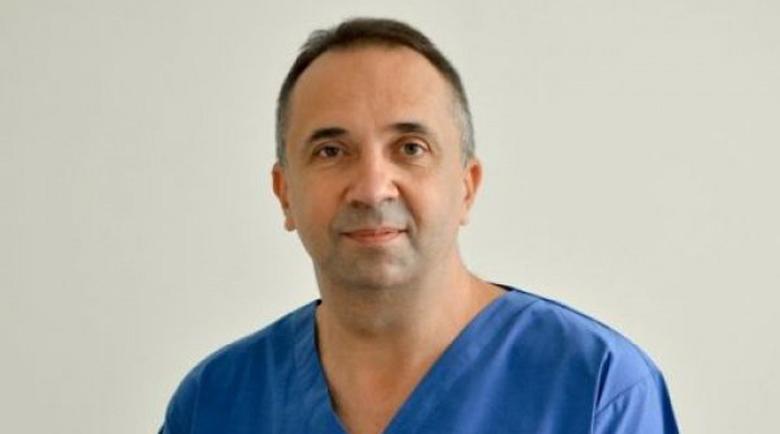 Смях! Пациентки издирват пластичен хирург, укриващ се след кофти операции