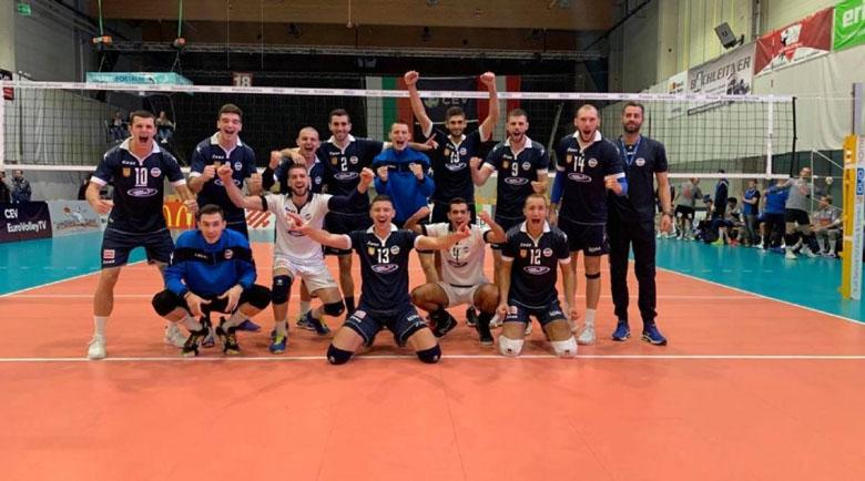 Скандално изгониха български волейболисти от хотел в Австрия