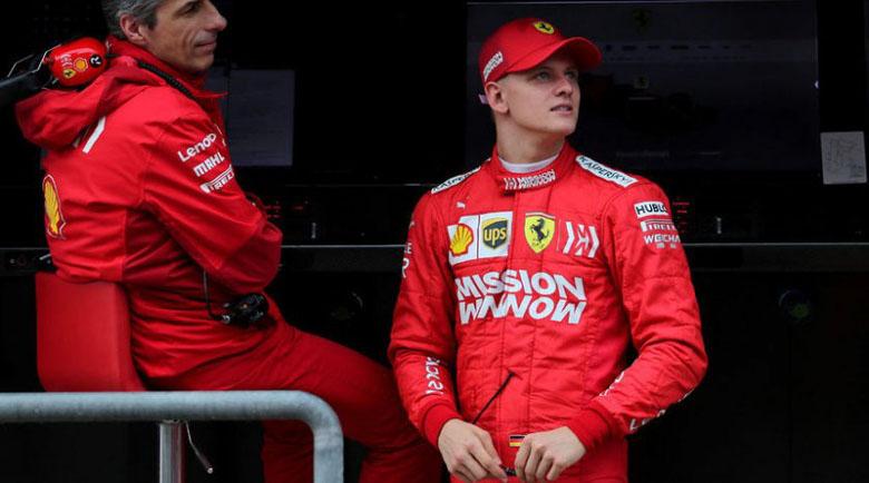 Синът на Михаел Шумахер гледа към Формула 1