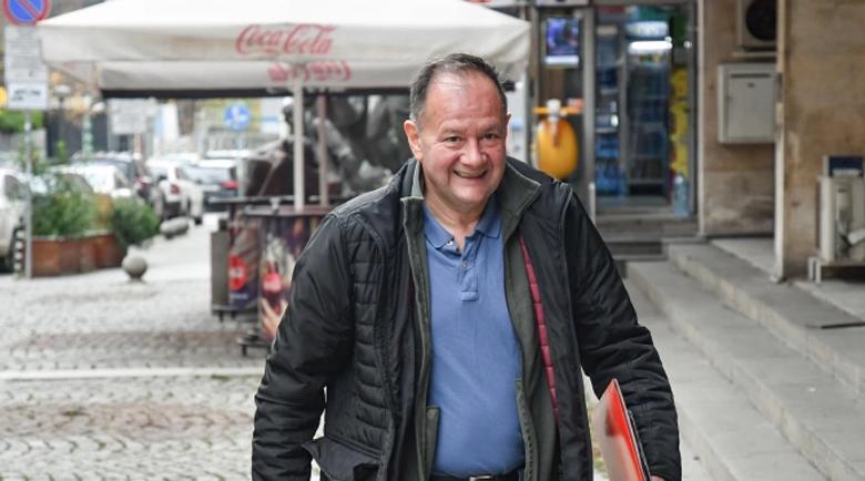 Михаил Миков: Нинова е прашинка за БСП, която вятърът ще отвее