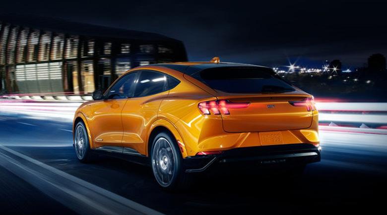 Ford Mustang Mach-E GT ще се конкурира с Tesla Y