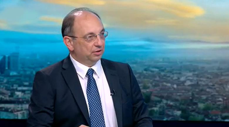 Николай Василев: Правителството харчи като за последно и ще остави празна хазна