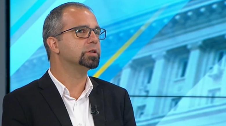 Политолог: Партията на Слави бележи ръст, Манолова е на ръба да влезе в парламента