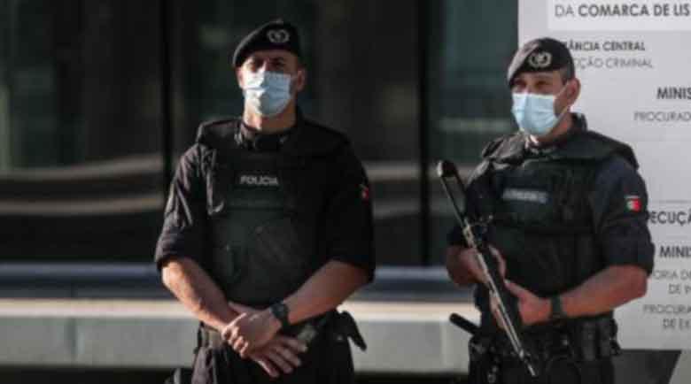 Българи арестувани в международна операция срещу киберпрестъпници
