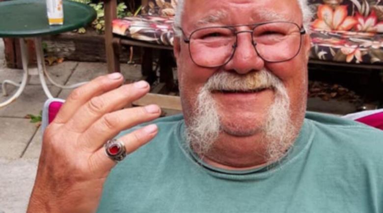 Жена намери загубения преди 53 години пръстен на мъжа си