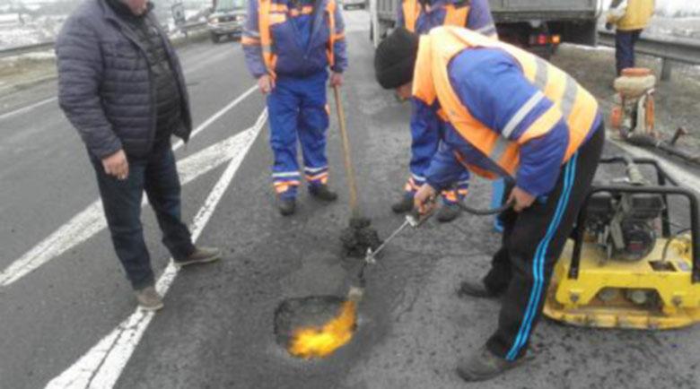 За 3 години са похарчени 1,8 милиарда лева за ремонт и поддръжка на пътища