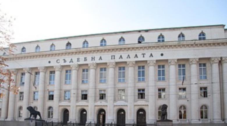Това е България! Трудово дело у нас се влачи 25 години