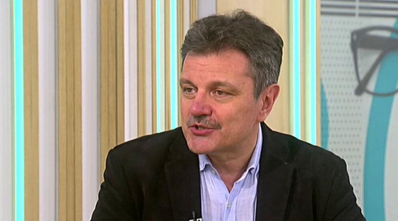 Д-р Симидчиев: Без паника! Заразените са повече, не хоспитализираните