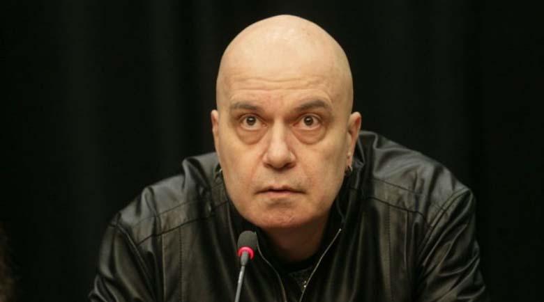 Слави Трифонов за евродоклада: Ти го плюеш, а той си мисли, че дъжд вали