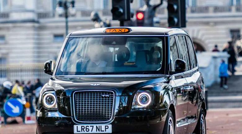 Наш таксиджия пребит от 35-годишен пиян англичанин в Лондон