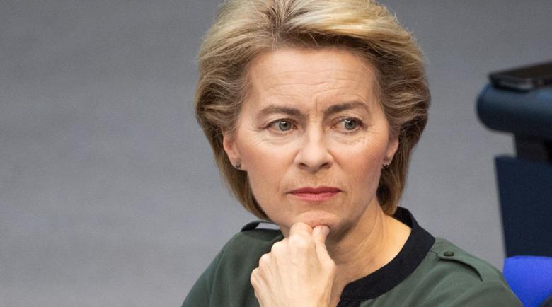Шефката на Еврокомисията под карантина, контактувала със заразен