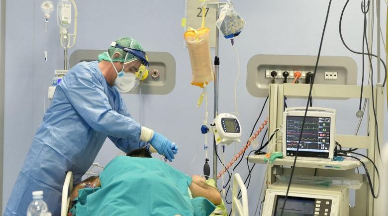 Шумен пред катастрофа: Един лекар и две сестри се грижат за 112 с коронавирус
