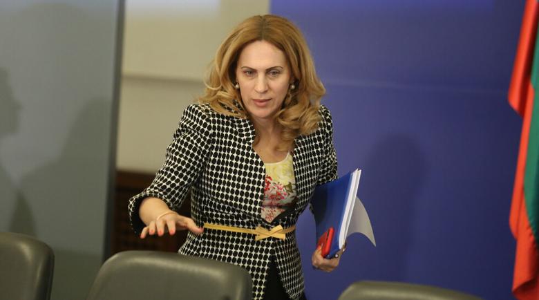 Марияна Николова: Правим всичко, за да не се затварят границите на Балканите
