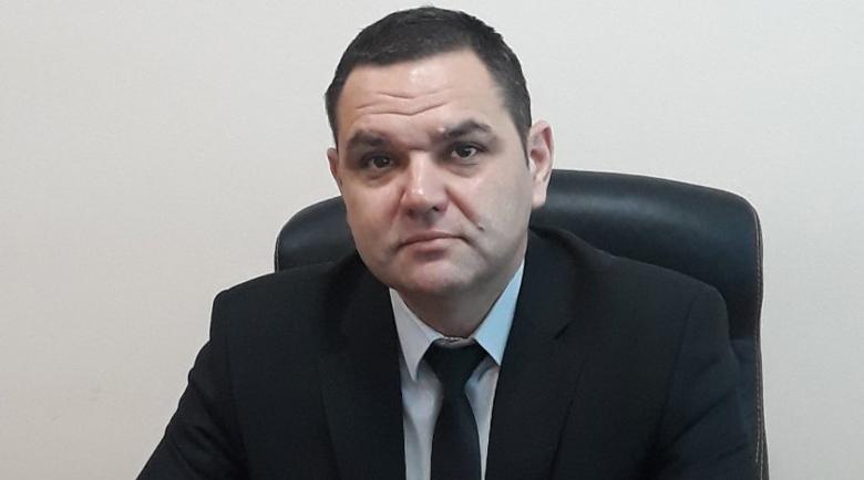 Шефът на болницата в Свищов приет по спешност в София