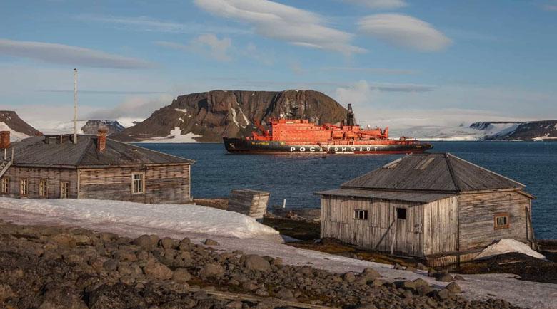 С ледоразбивач до Северния полюс, има и такива оферти