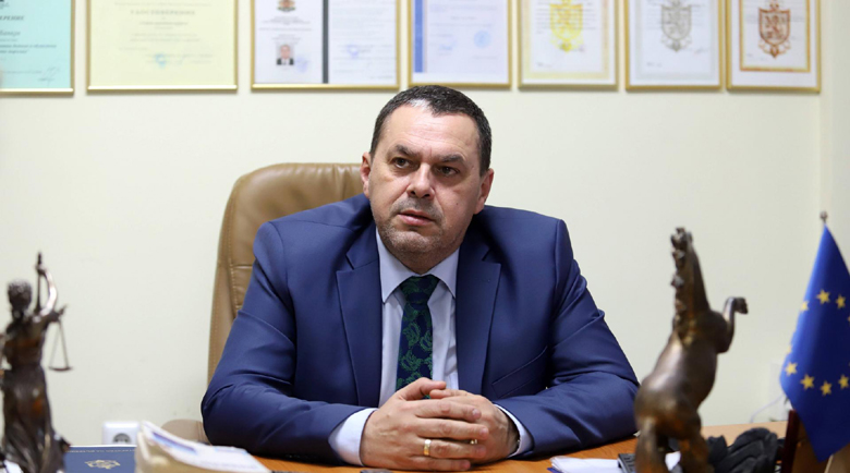 """Шефът на """"Вътрешна сигурност"""" Стефан Банков: Арестувахме полицай, обирал жилища"""